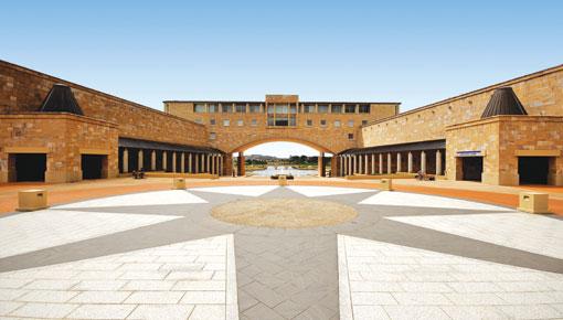 澳洲留學 澳洲念書 黃金海岸 Gold Coast Bond University 邦德大學
