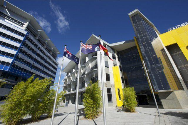 澳洲留學 澳洲念書 Southern Cross University 南十字星大學 黃金海岸 Gold Coast phoca_thumb_l_scugoldcoast-2013