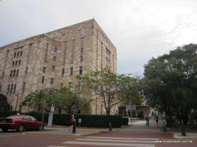 UQ 昆士蘭大學2