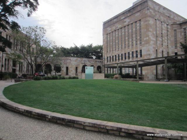 UQ 昆士蘭大學3