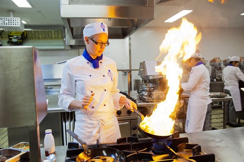 澳洲留學 – 藍帶廚藝學院 法式料理三級證書課程&帶薪實習