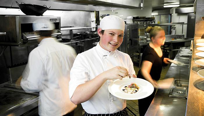 澳洲留學—廚藝證書文憑課程系列之一_西澳公立專科TAFE WA