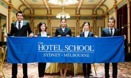 飯店管理學位能幫助您獲得高薪職位!首選 The Hotel School!